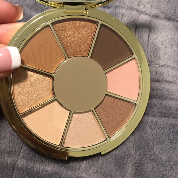 """tarte Other - Tarte """"be you. Naturally"""" eyeshadow palette"""